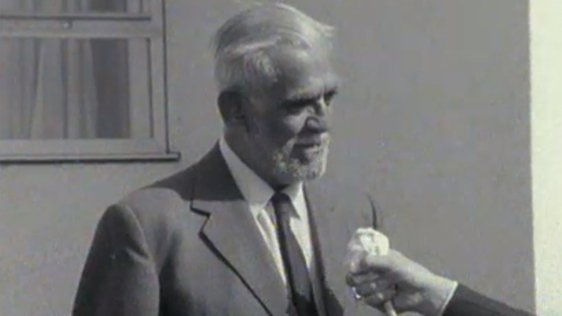 Boris Karloff in Cork (1964)