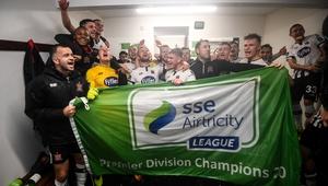 Dundalk players celebrate their league triumph