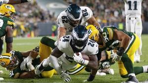 Jordan Howard (24) rushes for a touchdown