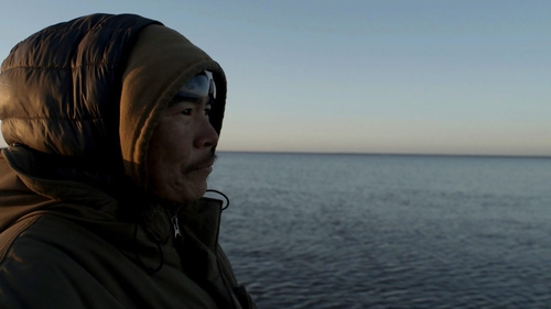 Bleak outlook on the seal hunt: the permafrost is melting and a village is under serious threat in Losing Alaska