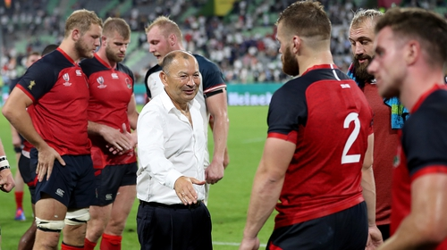 "Eddie Jones: ""It's a test of manlihood so you have to take them on up-front"""