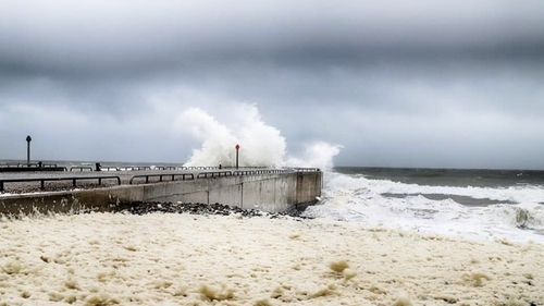 Waves hit Courtown Harbour in Co Wexford (Pic: Jackie Tighe)
