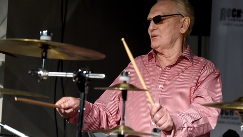 Ginger Baker performs at the Rock 'N' Roll Fantasy Camp in North Hollywood in 2015