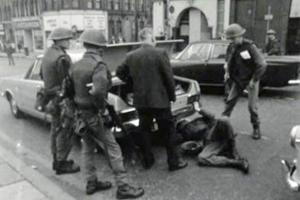 Soldiers searching car, Belfast (1969)