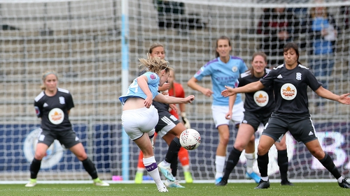 Keira Walsh scores for Manchester City