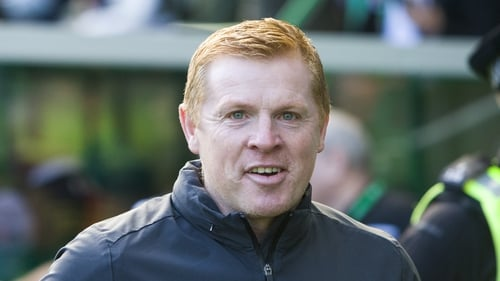Lennon's Celtic end the weekend top of the table