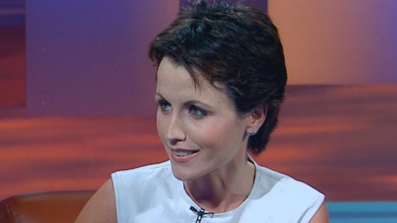 Dolores O'Riordan on The Late Late Show (1999)