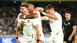 Ben Youngs celebrates Manu Tuilagi's early try against New Zealand