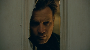 Doctor Sleep centres on a now grown up Dan(ny) Torrance (Ewan McGregor) as he struggles with alcohol addiction and the horrors of his past