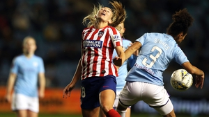 Atletico Madrid's Toni Duggan and Manchester City's Demi Stokes battle for the ball
