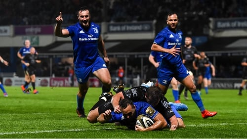 Dave Kearney of Leinster scores a try at the RDS