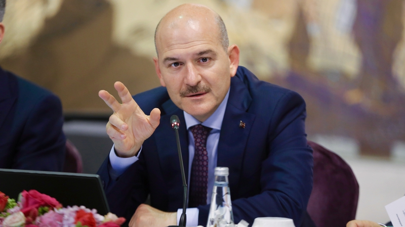 Turkey to send back foreign Islamic State fighters