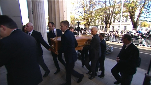 Crowds and congregation applauded as Gay Byrne's remains arrived at St Mary's Pro-Cathedral