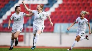 Amber Barrett celebrates her goal