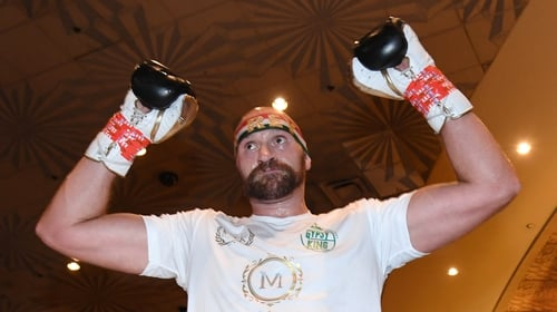 Tyson Fury will delay his move to MMA until after his boxing career