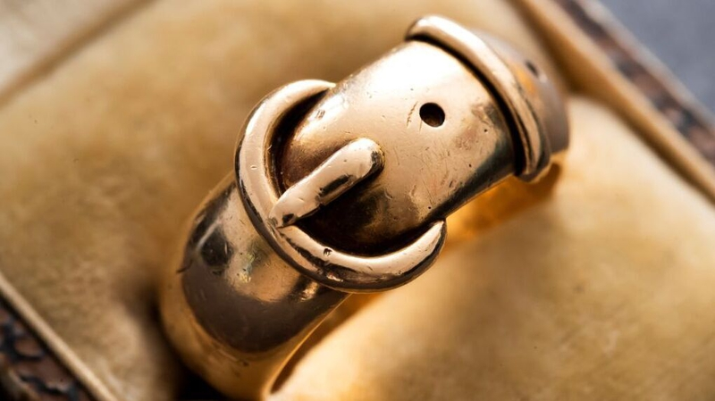 Oscar Wilde's ring recovered 20 years after theft