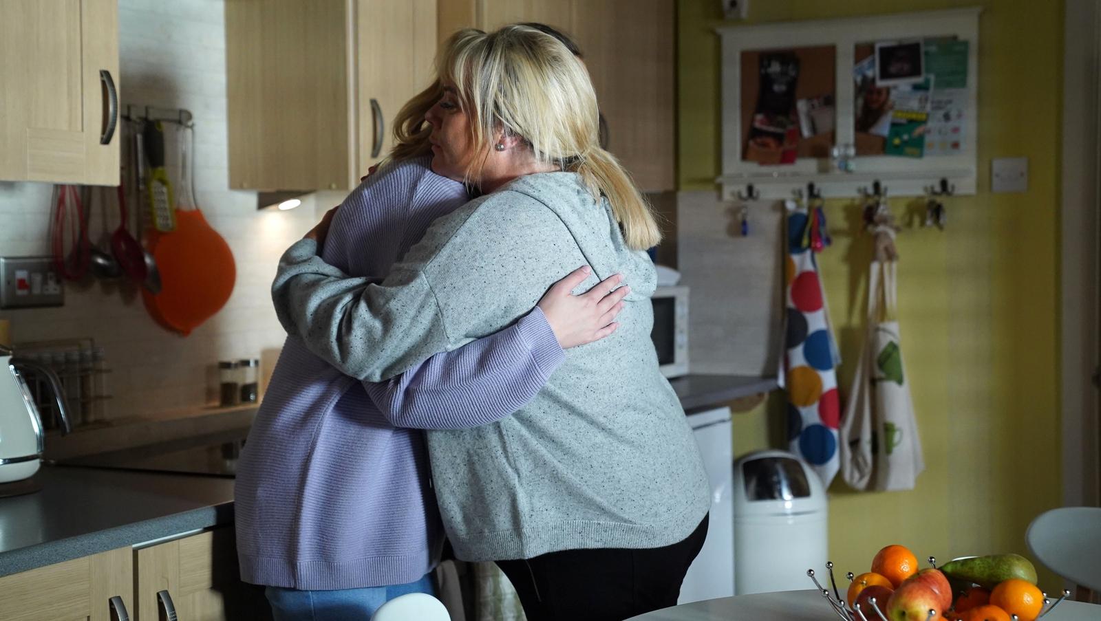 EastEnders tees up Tuesday night tenderness - RTE.ie