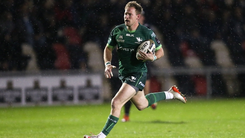 Kieran Marmion will remain at Connacht until at least the end of the 2022-23 season after agreeing a three-year contract extension