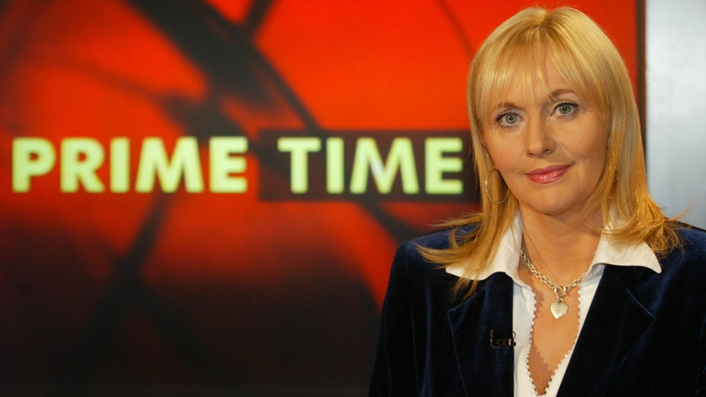 Miriam O'Callaghan on the set of 'Prime Time' 2003