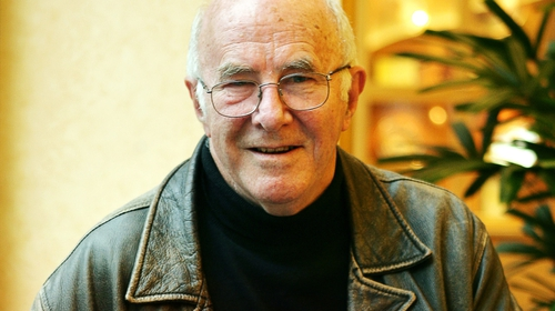 Broadcaster and author Clive James dies aged 80