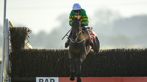 Fakir D'oudairies, with Mark Walsh up, wins the Drinmore Chase