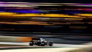 Hamilton totally dominated at the Yas Marina Circuit