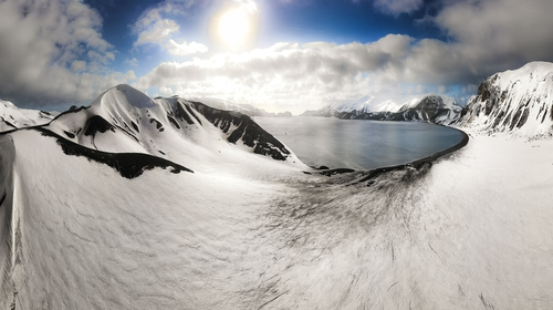 Edward Bransfield was the first person to seeand chart the Antarctic coastline