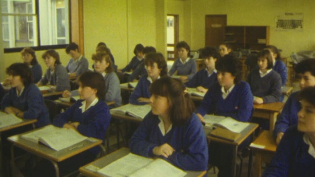 Fifth year students, Presentation Convent Galway (1984)