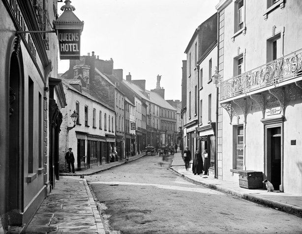 Abbey Street, Ennis, Co. Clare Photo: National Library of Ireland, L_ROY_11350