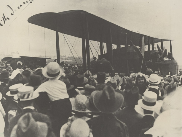 Arriving in Darwin, Australia Photo: State Library of South Australia