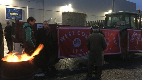 The latest blockade began at 7am at the Lidl Distribution centre in Charleville