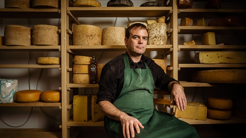 Ned Palmer gives an expert's guide to building the perfect Christmas cheeseboard