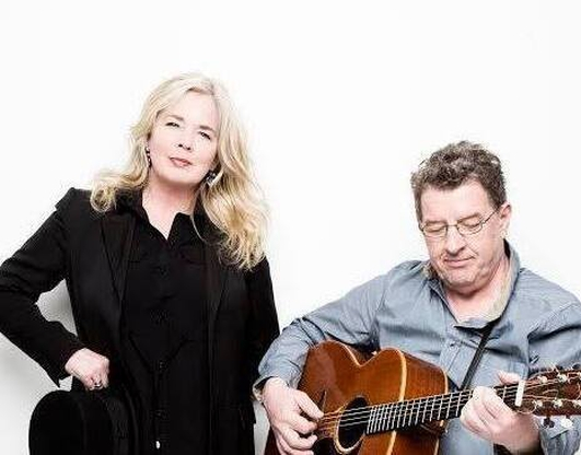 Live Music - Mike Hanrahan & Leslie Dowdall