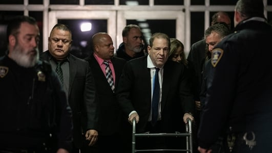 Weinstein in $25m settlement with accusers - report