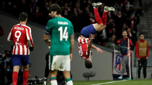 Felipe celebrates Atletico Madrid's second in fine style