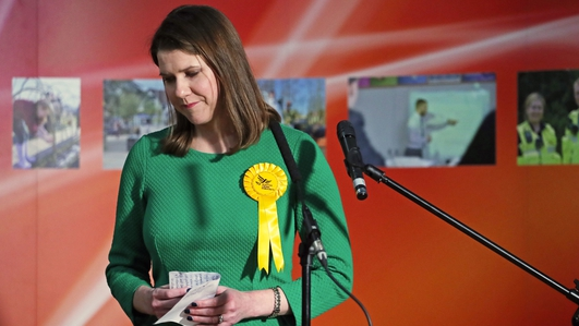 Jo Swinson: Lib Dem leader loses seat to SNP