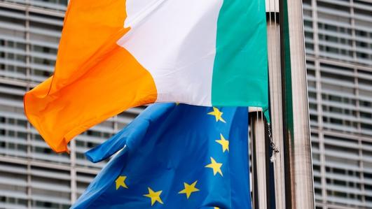'Up to 60' British EU officials secure Irish passports