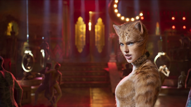 Taylor Swift received 'romantic' gift from Cats co-star Judi Dench