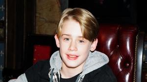 Macaulay Culkin plays Kevin McCallister