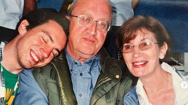 Gary Lightbody pictured with his father, Jack, and mother, Lynne. Picture; Gary Lightbody Instagram
