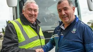 Monaghan manager Seamus McEnaney (r)