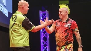 Michael van Gerwen and Peter Wright do battle from 7.15pm on New Year's Day