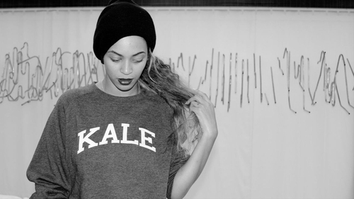 "Beyonce rocking a kale sweatshirt in the video for ""7/11"""