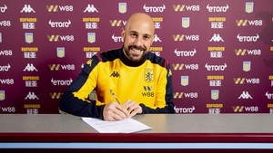 Pepe Reina poses for a picture at Bodymoor Heath training ground