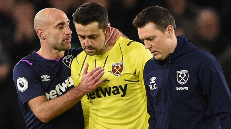 Fabianski out for two weeks as Randolph saga lingers on
