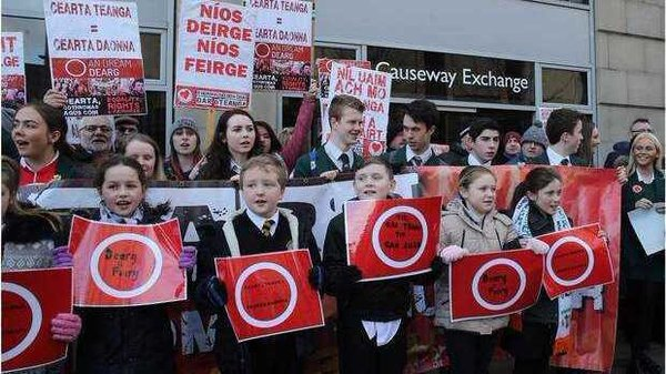 """Campaign groups campaign groups such as An Dream Dearg are nonetheless disappointed that the deal does not amount to a standalone Irish language act"""