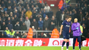 Harry Kane leaves the pitch with an injury during Tottenham's match at Southampton