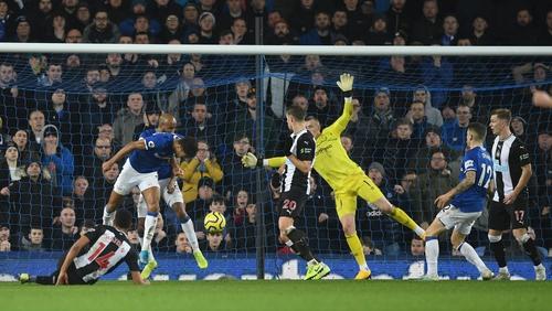 Florian Lejeune of Newcastle United scores his team's second goal