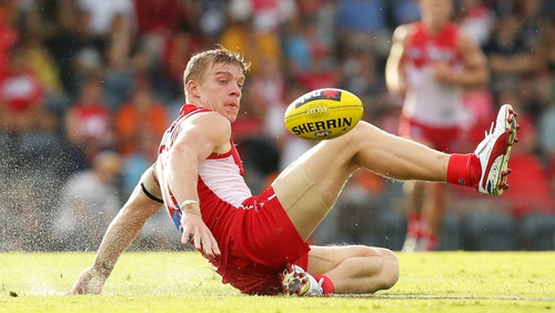 Tommy Walsh in action for the Sydney Swans back in 2013