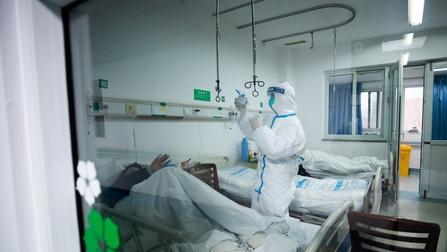 A patient is treated at Wuhan Jinyintan hospital